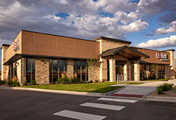 Exterior photo of Ent's Cottonwood Service Center.